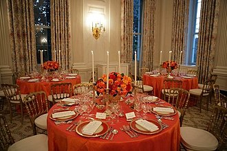 White House china - A White House table set in 2005 with the Reagan china from the 1980s.