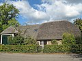 Wijk en Aalburg, monumentale boerderij aan De Kroon RM6807 foto2 2012-10-07 12.35.jpg