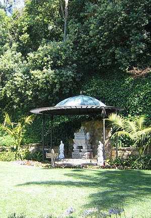 Self-Realization Fellowship Lake Shrine - Sarcophagus of the Mahatma Gandhi World Peace Memorial