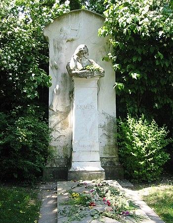 Zentralfriedhof Grab Johannes Brahms