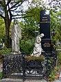 Zentralfriedhof Wien Grabmal Weiss Brauer v Vittorelli 01.jpg