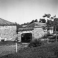 """""""K?lonja"""" in štala (hlev), Vareje 1955.jpg"""