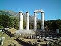 Αρχαιολογικός ναός Σαμοθράκης.jpg