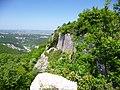 Вид с Мангупа на село Хаджи-Сала - panoramio.jpg