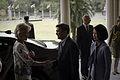 นายกรัฐมนตรีและภริยา หารือข้อราชการกับ H.E.Ms.Quentin - Flickr - Abhisit Vejjajiva (5).jpg
