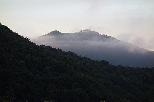 白雲台から眺めた夕焼けの金北山