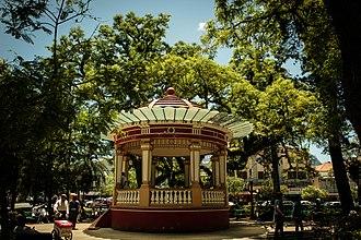 Poços de Caldas - Image: vaisuldeminas Ensaio da cidade (8222401301)