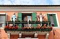 0 Burano, statues ornant la balcon de l'immeuble sis Via Baladassare Galuppi, 468 .JPG