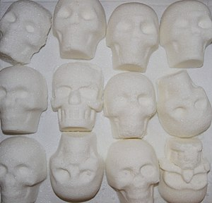 Calavera - Sugar skulls before decoration