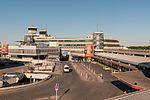 17-05-27-Flughafen Berlin TXL-a RR71302.jpg