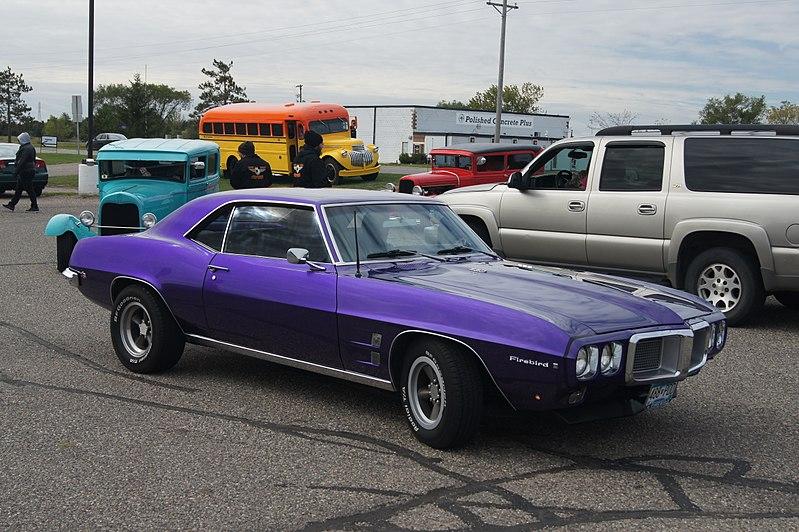 File:1969 Pontiac Firebird (15452032115).jpg