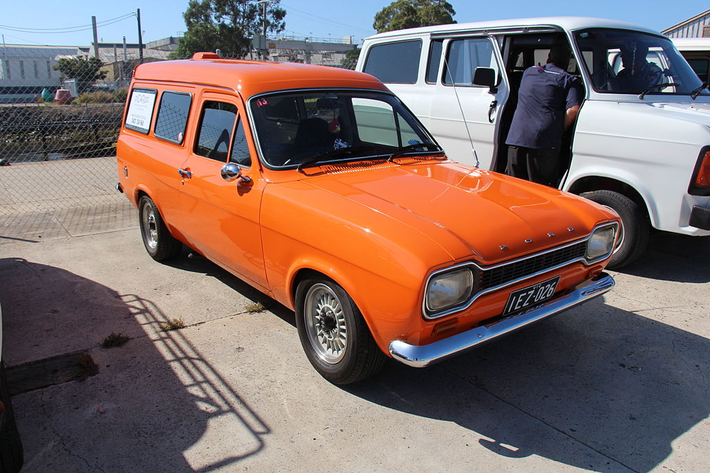 ford anglia dash with File 1971 Ford Escort Mk I Van  12428161524 on 48 Ford Anglia Thames For Sale together with Stock Photo Ford Popular Hot Rod 80389831 besides File 1971 Ford Escort Mk I Van  12428161524 likewise Rare Ford Escort Sold 3 000 1968 Fetches 65 000 Today Thanks Painstaking Restoration Work moreover 127 Wiring Diagram Model C.