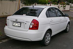 Hyundai Accent - Sedan