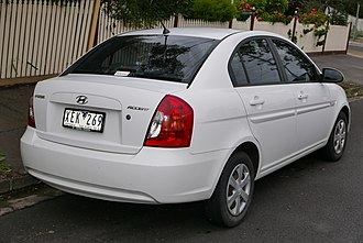 Hyundai Accent - Sedan