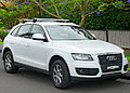 2009-2011 Audi Q5 (8R) 2.0 TFSI quattro wagon (2011-11-18).jpg