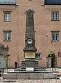 2015 Obelisk Przeszłości 1870-1945 w Radkowie 01.jpg