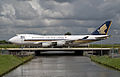 9V-SFG Singapore Airlines Cargo (3654455504).jpg