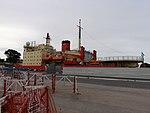 ARA Almirante Irízar en el Puerto de Buenos Aires (40500243670).jpg