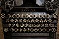 A typewriter (10995863465).jpg