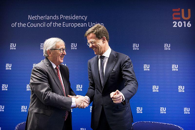 Předseda Evropské komise Claude Juncker a předseda Evropské rady Mark Rutte (Holandsko). Foto: Wikimedia