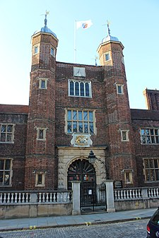 Abbot's hospital, Guildford.JPG