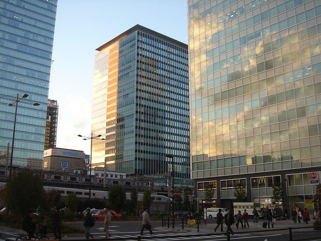 Akihabara Cross Field, Akihabara Center Place Building & Akihabara Station Center Square (2008-11-29 16.15.59 by shibainu)