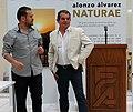 Alonzo Alvarez dando conferencia.jpg