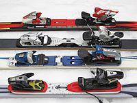 Alpine ski binding plates 01.jpg