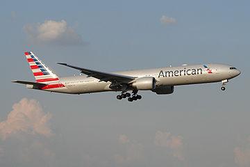 American Airlines Boeing 777-300ER (9396649764).jpg