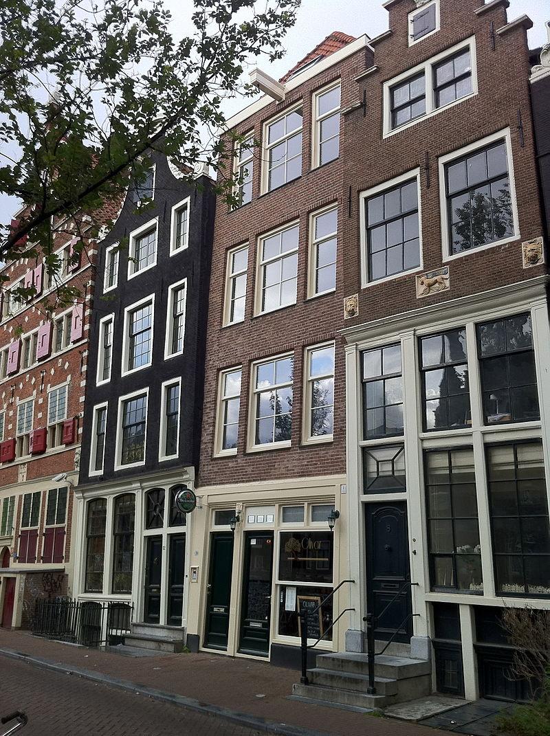 Amsterdam - Oudezijds Voorburgwal 10.jpg