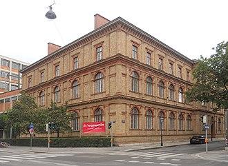 Kunstgewerbeschule - Building of the former Kunstgewerbeschule Vienna, now the University of Applied Arts Vienna.