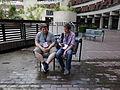 Anonymous Wikimedian and Simon Knight at Wikimania 2014 01.jpg