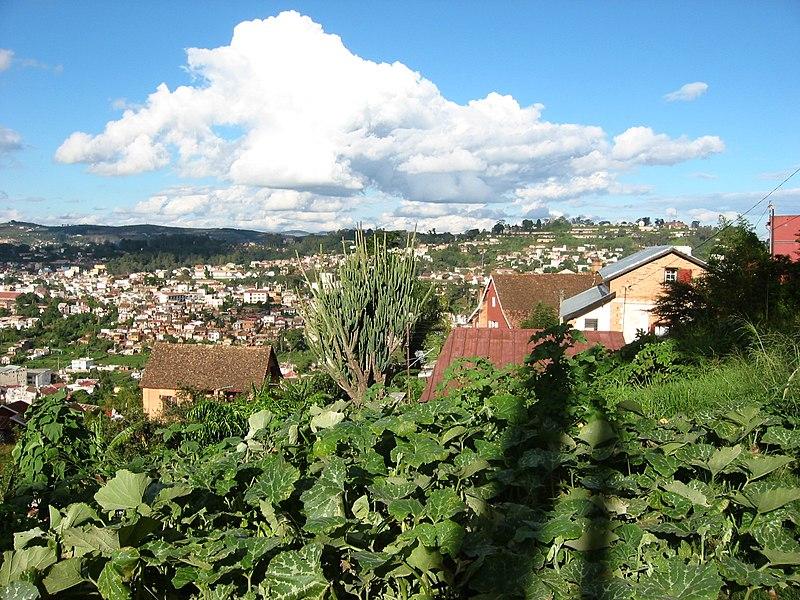 Vé máy bay giá rẻ đi Antananarivo Madagascar