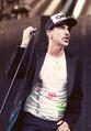 Anthony Kiedis 2013.png