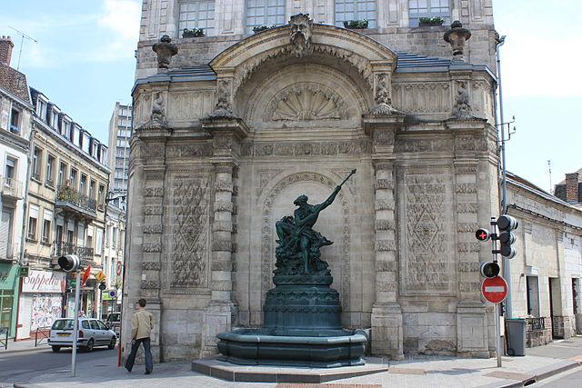 Place du Pont-de-Cité, Фонтан Нептуна