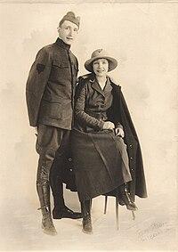 Arthur Hornbui Bell (1891-1973) and Leah Hamlin (1895-1951) circa 1918.jpg