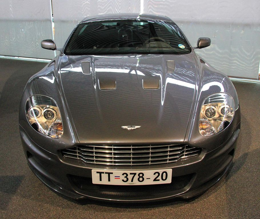 File:Aston Martin DBS (Casino Royale) Front National Motor