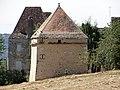 Bézenac - Château du Thon - Pigeonnier.JPG