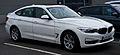 BMW 320d GT Luxury Line (F34) – Frontansicht, 21. Dezember 2013, Düsseldorf.jpg