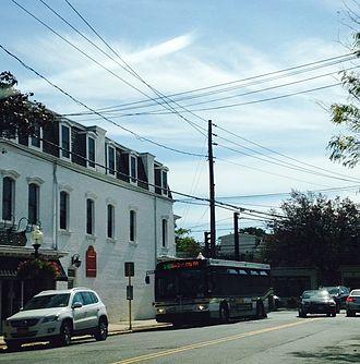 Babylon (village), New York - Suffolk County Transit bus in Babylon Village