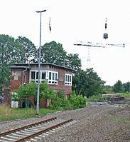 Bahnhof Zossen 02 Stellwerk Zsb.JPG