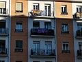 Balcón feminista Aquí estamos 8M 2021 Madrid.jpg