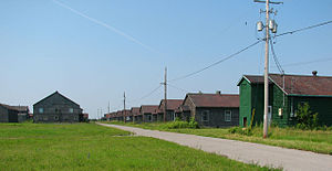 Picton, Ontario - Abandoned barracks at Picton Airport
