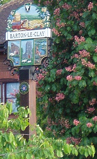Barton-le-Clay - Village sign.