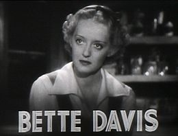 Bette Davis in The Pefrified Forest film trailer.jpg