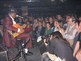 Bo Diddley Prag 2005 07.jpg