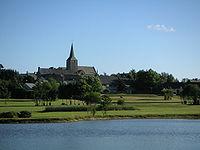 Bourg Saint-Pierre-de-Plesguen vue etang.JPG