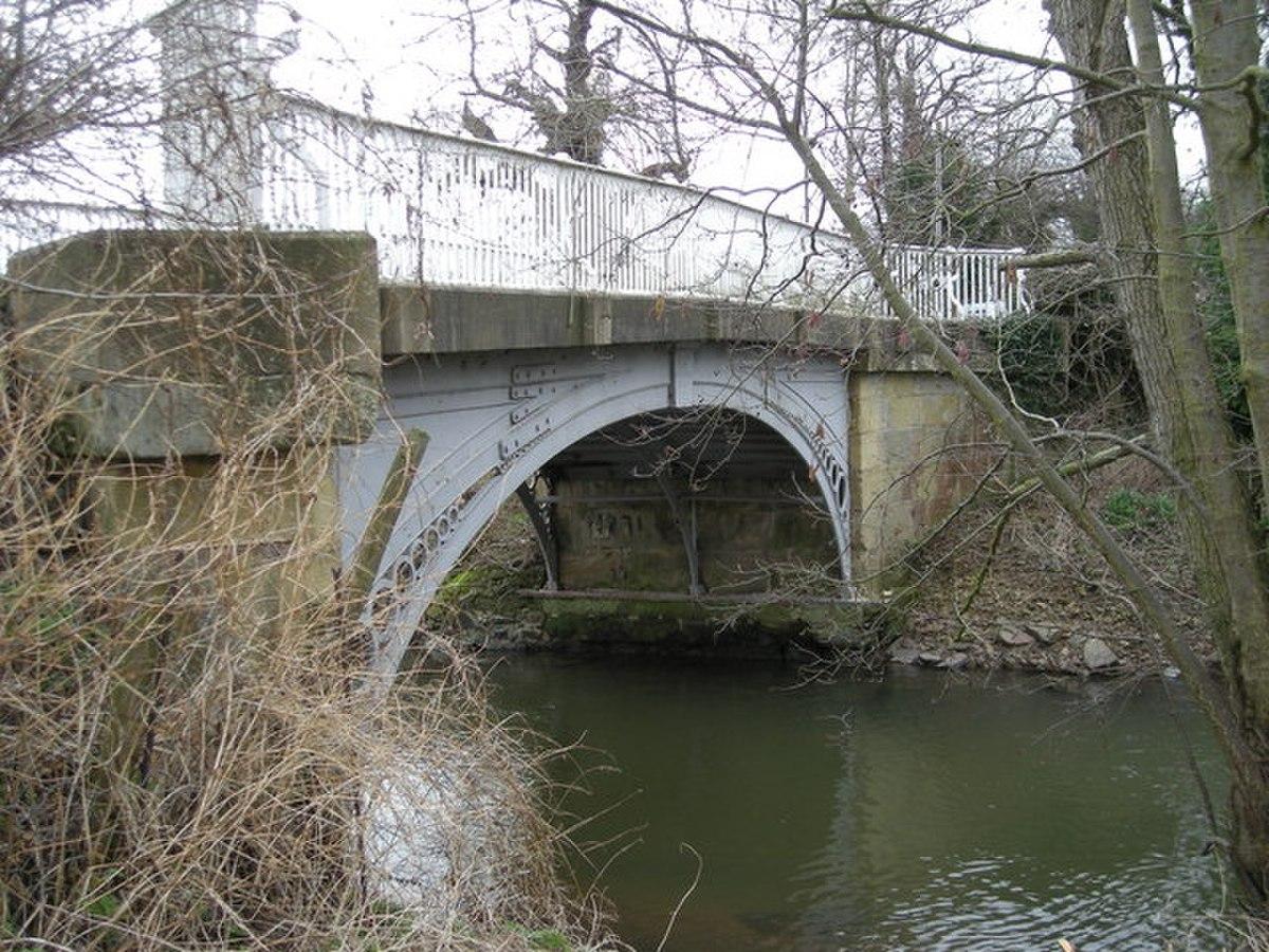 Bridge over Cound Brook. - geograph.org.uk - 716353.jpg