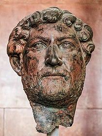 Bronze Hadrien Louvre Br4547.jpg