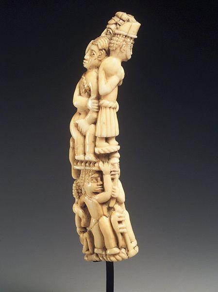 File:Brooklyn Museum 1992.136.14 Tusk Carving with Figures.jpg